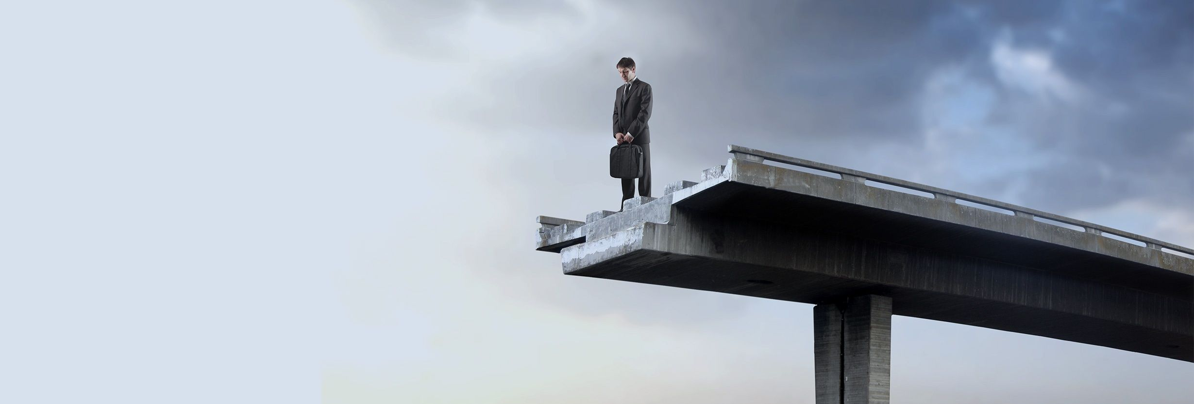 Micro Focus Operations Bridge:どこにも橋を架けない?
